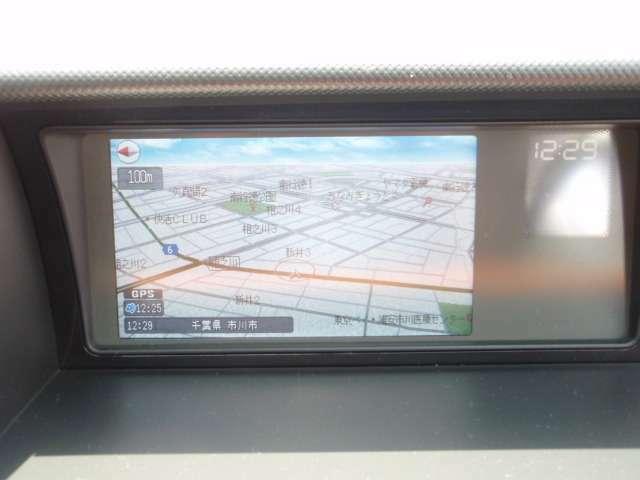 HDDインターナビ搭載でドライブ等にはもはや必需品ですね!お好みの音楽をダビングして快適なドライブへお出掛けください!
