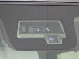 サポカーSワイド デュアルセンサーブレーキサポート搭載。もしもの際には強いブレーキをかけ、衝突回避または被害軽減を図ります。