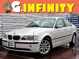 BMW 3シリーズ 325i ハイラインパッケージ /後期型/SR/黒革/ナビ/Bカメラ/純16AW/HID