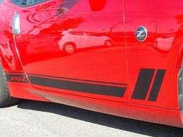 フェアレディZ 特別仕様車 「ヘリテージエディション」風!!レーシングストライプがさらにスピード感を感じさせます!