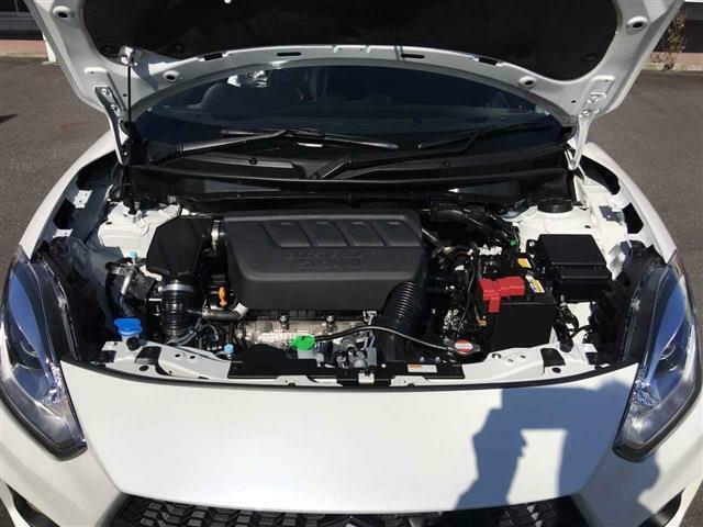 全国対応の保証には別途21,600円ご負担で新車保証継承できます!又は、カーセンサーアフター保証半年~3年間まで全国保証対応も可能です!詳しくは、無料ダイヤル【0066-9711-694535】