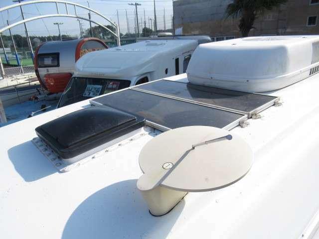 ソーラーパネルも装備しております!あると嬉しい装備ですね♪