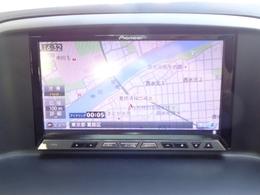 パイオニア製メモリーナビゲーションを装備!!フルセグTVチューナー、DVD再生、Bluetooth、ミュージックサーバーを備えます。