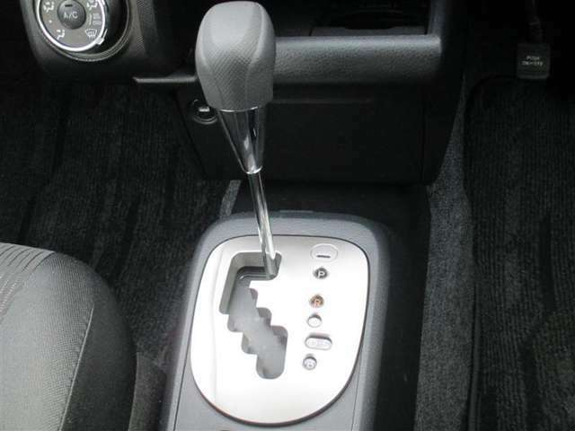 ロングラン保証は全国約5,000箇所のテクノショップで保証が受けられます。転勤やお出かけの際に故障した場合も最寄りのトヨタのお店で保証修理が出来ます!ご安心下さい(*^^*)