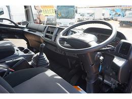AAC PS PW SRS ABS 集中ドアロック 左電格ミラー エアサスシート 運転席肘掛け 社外メモリーナビ/ワンセグTV/DVD ETC バックモニター タコグラフ 排気ブレーキ HSA フォグランプ