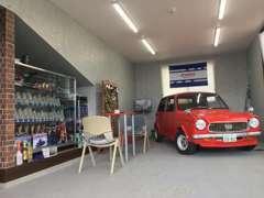 店内ショールームは展示スペースと商談スペースを融合させたおしゃれな作りです!