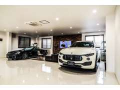 各種メーカー取扱い!新車・中古車販売はもちろん、メンテナンスや下取り・買取り!★各種テスターも完備しております。