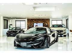 スーパーカーを多数展示中です♪屋外展示と違い、お車のコンディションも入庫時のレベルを維持しております。