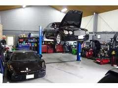 自社整備工場もございますので、車のアフターサービス等もRouteにお任せくださいませ!