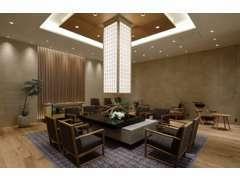 オーナーズラウンジ。オーナー様専用待合室です。本杢をふんだんに使用し、居心地のよい空間をご提供いたします。