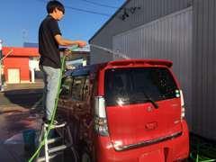 在庫車輌は全て洗車をおこないピカピカの状態でお客様にお見せできるよう日々心がけております♪
