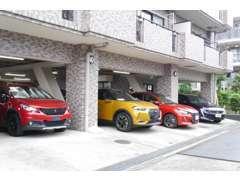 当社スタッフがあなたのお車選びをサポート致します
