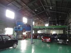 提携工場完備!お車の販売だけではなく、車検、修理、カスタム等もお任せください! N.T.S エヌティーエス