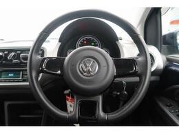 マニュアル車のような走りの楽しさ、VWならではの機能美を追求したデザインで国産車では味わえない品質を実現。