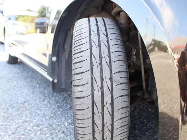 タイヤの山も6分山以上!安心の国産タイヤで楽しくドライブして下さい★