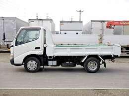 車両総重量4965kg 最大積載量2000kg