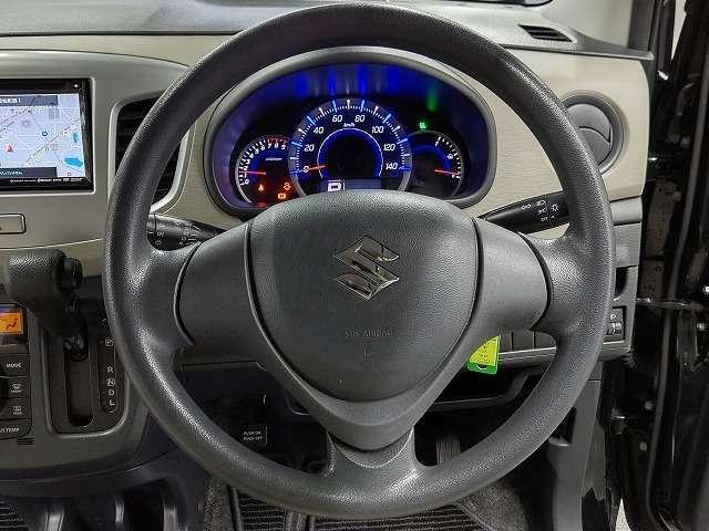 とっても視界が広くて、女性も運転しやすいですよ!
