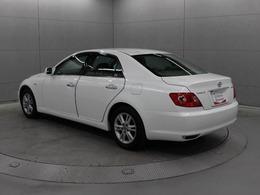 1968年の誕生以来、国内での累計登録台数が480万台を超えるトヨタのベストセラーカー「マークII」の後継車のマークXです。