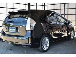 右リア☆ソレーデでは、全車ご納車前の整備費用が含まれております。エンジンオイル&フィルター、ワイパー交換以外にも、バッテリーやブレーキパットも基準値以下の場合は追加費用無しで交換をさせて頂きます☆