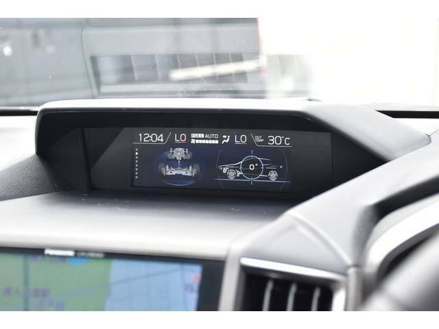 各種燃費情報や走行状態をモニターに表示。そして安全に愉しむためのさまざまなコンテンツをご用意しています!!