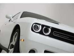 ドライバーコンビニエンスグループを搭載⇒後方視界&死角の安全検出、HIDヘッドランプ、マルチファンクション&フォールディング・パワーミラー、リモート・スタート・システム。