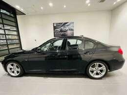 BMWオーナー様専用の自動車保険もご用意しております★お手元の保険証券があれば、お見積もすぐにご用意可能です★