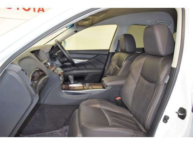 万一の場合でも全国のトヨタテクノショップで保証修理が受けられます。