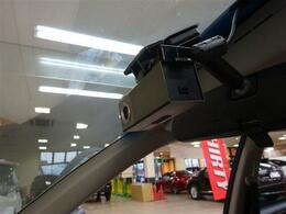 ■ 装備2 ■ 純正オプションドライブレコーダー