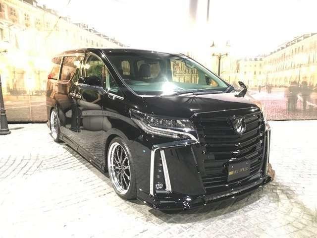 当社では新車をベースにZEUS新品エアロ、ホイール、ローダウンでドレスアップしたコンプリートカーを販売しております☆