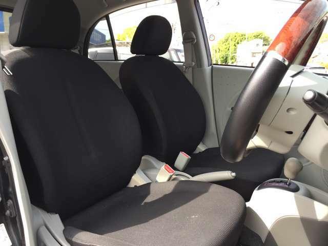 ★運転席★シートの破れございません!!★