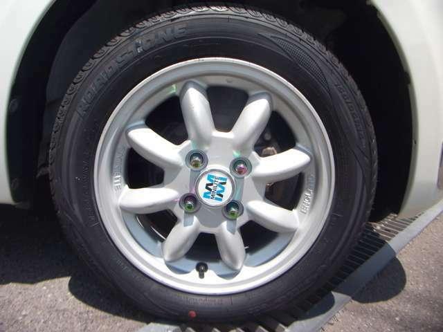 純正アルミからミニライトアルミホイールに!!新品タイヤに履き替えてます♪