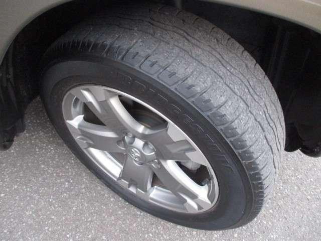 〔装着タイヤ〕 タイヤ、アルミホイール付です☆ まだまだ使えるタイヤですよ!!