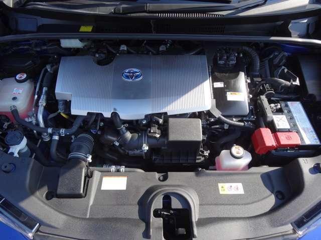 専任スタッフによるトヨタ自慢の「まるクリ」でエンジンルームもピカピカ☆見えないところまで丁寧に仕上げています。