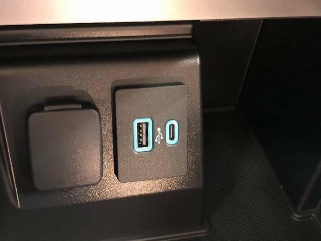 USBポート装備!