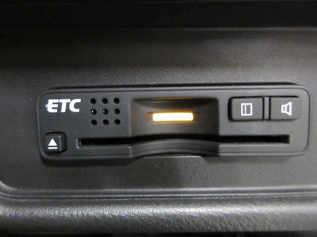 高速道路出入口で活躍する便利なETCも装備されてますよ!