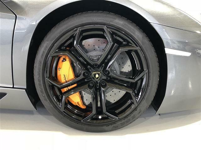 Carbon Ceramic Brake, Orange Calipers: