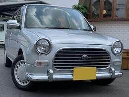 お客様が今お乗りのお車を下取りまたは買取させて頂くことも可能です。すぐに金額を算出しお伝え致しますのでお気軽にお問い合わせ下さい。