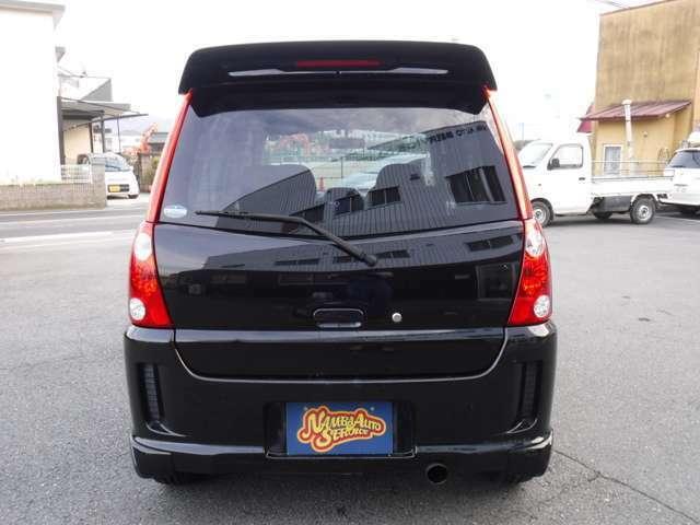 当店はお客様に多くのお車を検討して頂くために、在庫車両300台程度在庫しております。お客様のお気に召すお車を是非検討して下さいませ☆無料通話(携帯可)0066-9711-944435