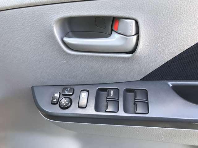 HIDやヘッドライトなどの電飾系やマフラーなどの吸排気系、エンジン関連、サスペンションやエアロなどの足回り系までなんでもプロが取り付け致します♪