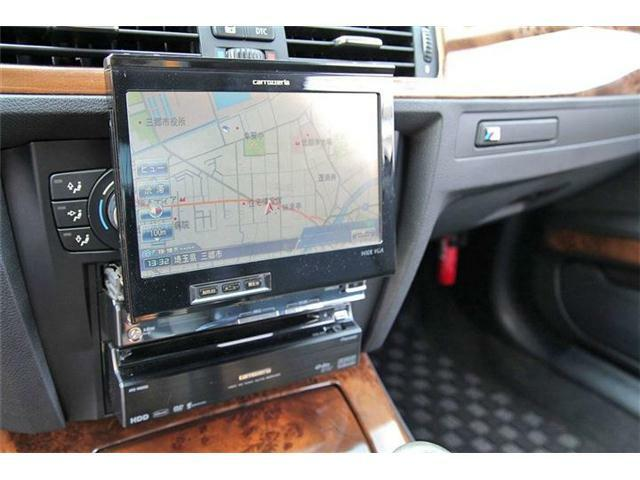 社外ナビ搭載☆フルセグTV、Mサーバー、DVD再生など装備も充実