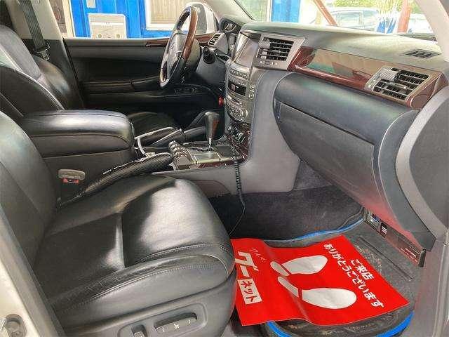 お車買取にも力を入れております!諦めかけたお車もぜひ一度当店にご相談ください☆高価買取即現金で対応します!