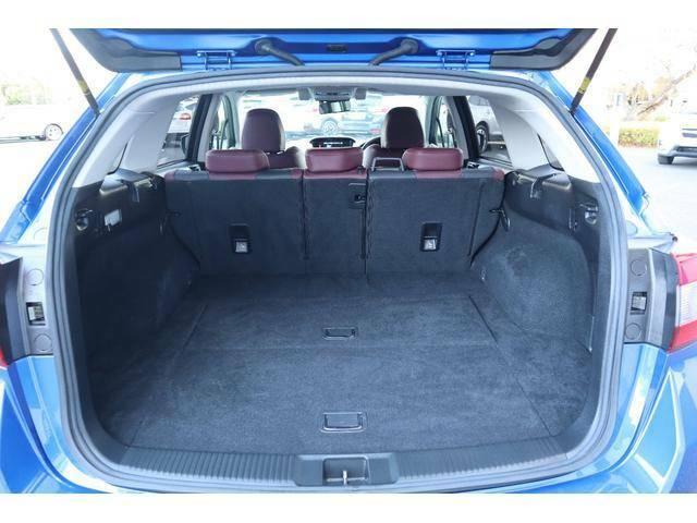 使い勝手の良い広いラゲッジを備えた4WDワゴン☆