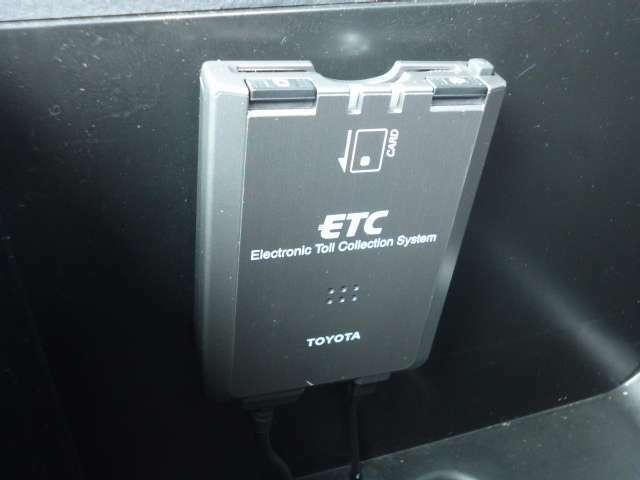 ☆便利装備のETC付!面倒な有料道路の料金決済が簡単にできて、ドライブのお供ですね(^-^)