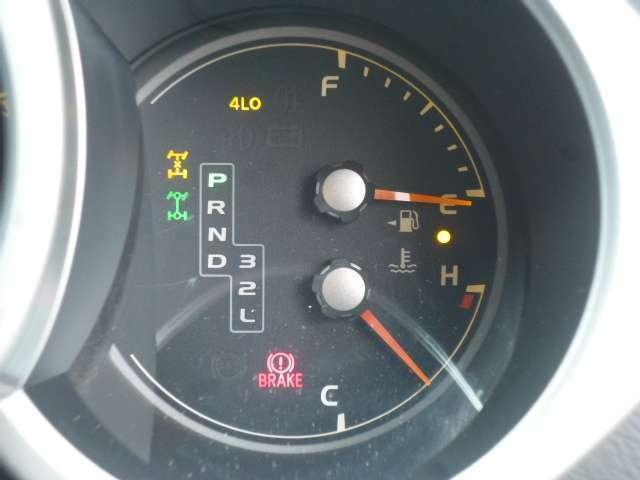 ☆2WD、4WDの切替不良が多い21サーフですが、この車両はスムーズに切り替え可能です!