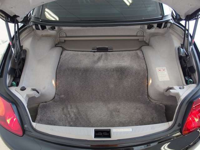 ☆抗菌・消臭・防汚に!内装コーティング施工可能。光触媒が長期的に車内を抗菌し続けクリーンに保つことができます。特に小さなお子様がいる方や花粉症でお困りのお客様は是非ご検討ください。