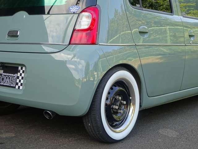 タイヤ残り溝4本共に充分ありますのでまだまだご使用可能です!