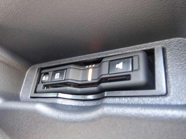新車未登録/ESSEXフルエアロ/ローダウン/SD地デジナビ/両側パワスラ/スマートキー/パノラミックビューM/Sセンス/デジタルインナーM/ハーフレザー/LEDヘッドライト