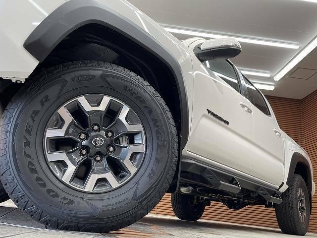 純正オプションや、その他カスタマイズのご相談も大歓迎。市販パーツの取り付けなど車検が問題ないレベルまで、お客様の「こだわり」を実現させます。