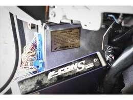 <社外コンピューター>SR20DET用の「Mine's Computer Vx Rom」を使用し、サブコンは「HKS F-CON S」にて制御。非常にレスポンス良く扱いやすいパワー感です。