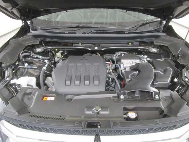 1500ccのターボ付きエンジンです。アイドリングストップ付きです!